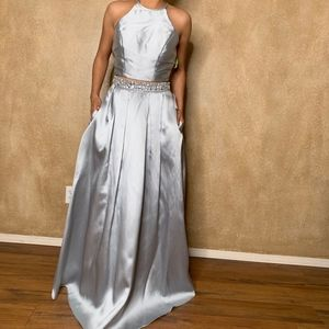 Windsor | Two Piece Prom Dress